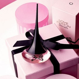 Женская парфюмерная вода Лав Поушен Сикретс Love Potion Secrets Орифлейм Oriflame 50 мл