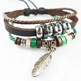 Оригинальный кожаный браслет Перо коричневый