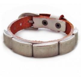 Кожаный премиум браслет с металлическими пластинами Доспехи белый
