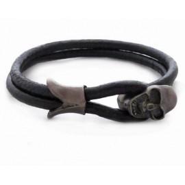 Кожаный премиум браслет с застежкой в виде черепа черный