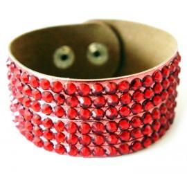 Кожаный широкий яркий премиум браслет Стразы красный