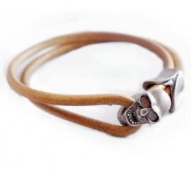 Кожаный премиум браслет с застежкой в виде черепа бежевый