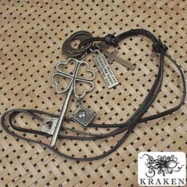 Кулон из металла на кожаном шнурке Ключ Удачи
