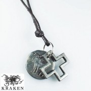 Кулон из металла на кожаном шнурке Abercrombie and Fitch Крест